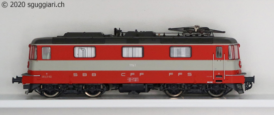 Roco 63842/69842: Re 4/4 II 11141 'Swiss Express'